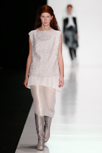ss-2014_mercedes-benz-fashion-week-russia_ru_best-collections-of-bhsad_44015