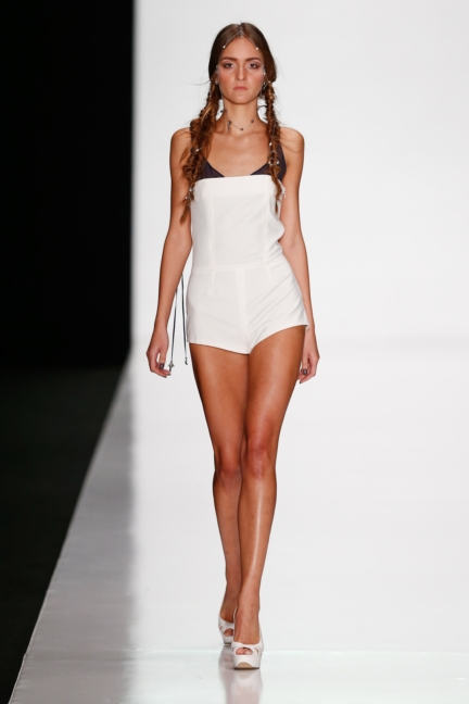 ss-2014_mercedes-benz-fashion-week-russia_ru_best-collections-of-bhsad_44028