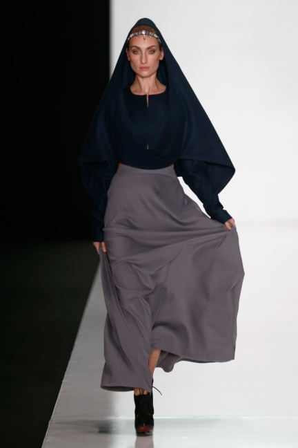 ss-2014_mercedes-benz-fashion-week-russia_ru_best-collections-of-bhsad_44029