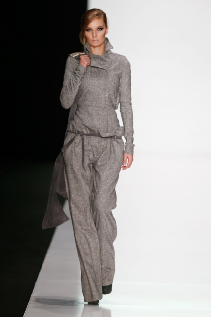 ss-2014_mercedes-benz-fashion-week-russia_ru_best-collections-of-bhsad_44031