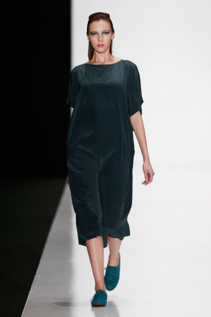 ss-2014_mercedes-benz-fashion-week-russia_ru_best-collections-of-bhsad_44044
