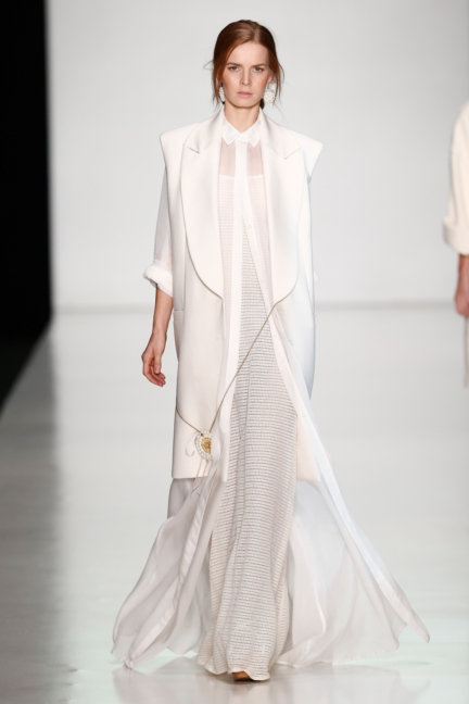 ss-2014_mercedes-benz-fashion-week-russia_ru_laroom_44494