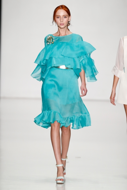 ss-2014_mercedes-benz-fashion-week-russia_ru_laroom_44502
