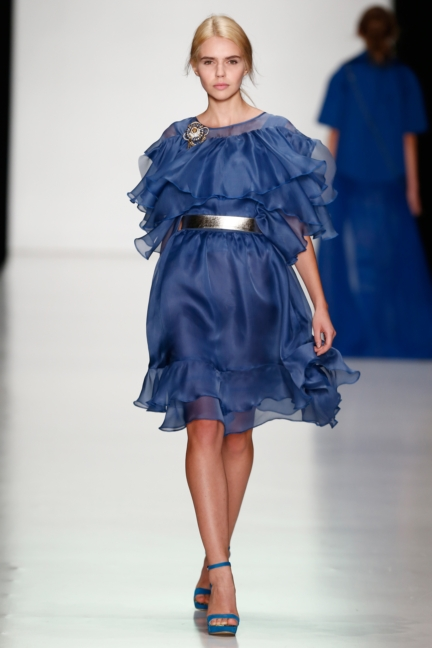 ss-2014_mercedes-benz-fashion-week-russia_ru_laroom_44513