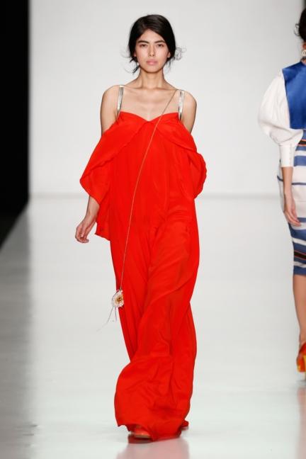 ss-2014_mercedes-benz-fashion-week-russia_ru_laroom_44523