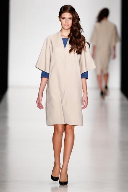 ss-2014-mercedes-benz-fashion-week-russia-belarus-fashion-week-14