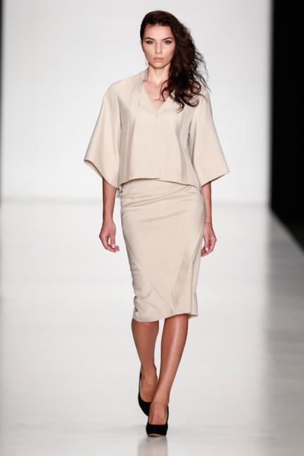 ss-2014-mercedes-benz-fashion-week-russia-belarus-fashion-week-15