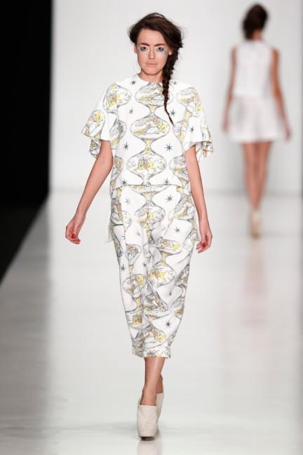 ss-2014-mercedes-benz-fashion-week-russia-belarus-fashion-week-16