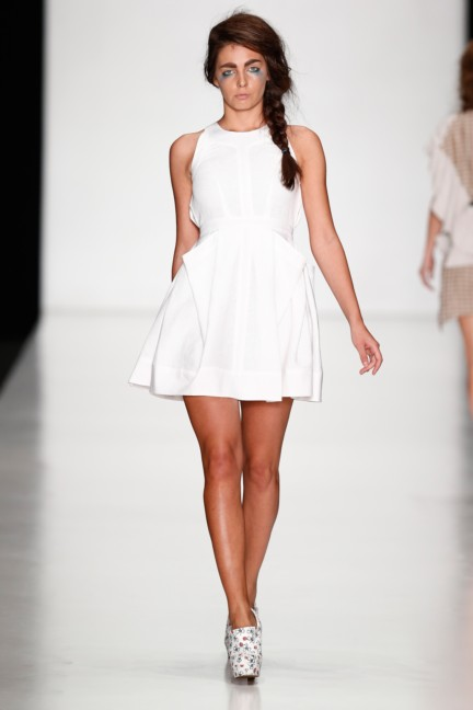 ss-2014-mercedes-benz-fashion-week-russia-belarus-fashion-week-18