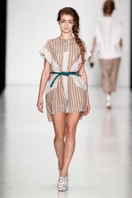ss-2014-mercedes-benz-fashion-week-russia-belarus-fashion-week-19