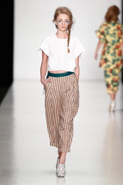 ss-2014-mercedes-benz-fashion-week-russia-belarus-fashion-week-20