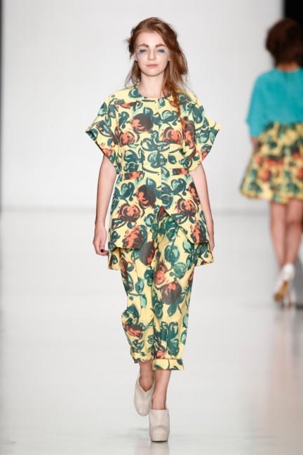 ss-2014-mercedes-benz-fashion-week-russia-belarus-fashion-week-21