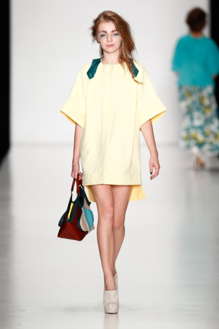 ss-2014-mercedes-benz-fashion-week-russia-belarus-fashion-week-25