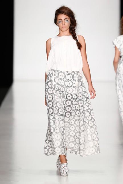 ss-2014-mercedes-benz-fashion-week-russia-belarus-fashion-week-28