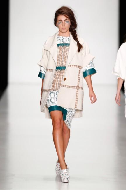 ss-2014-mercedes-benz-fashion-week-russia-belarus-fashion-week-29