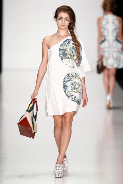 ss-2014-mercedes-benz-fashion-week-russia-belarus-fashion-week-30