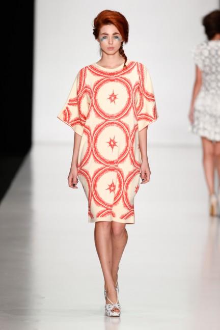 ss-2014-mercedes-benz-fashion-week-russia-belarus-fashion-week-34