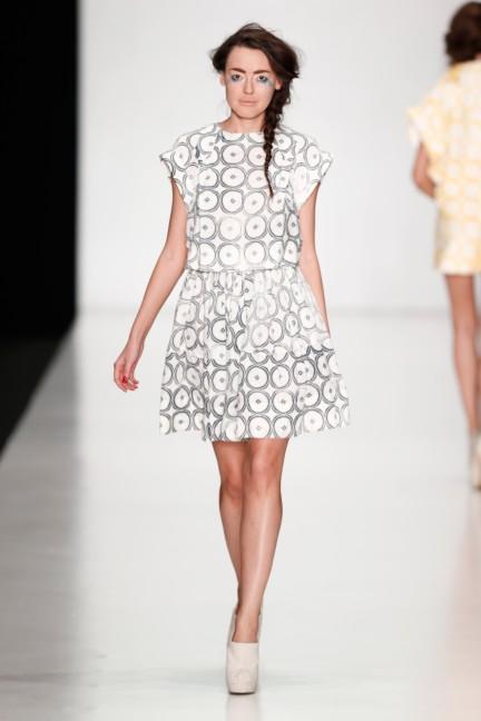 ss-2014-mercedes-benz-fashion-week-russia-belarus-fashion-week-35