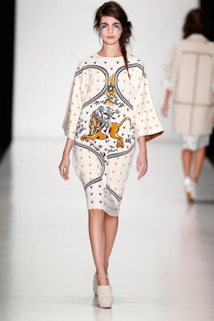 ss-2014-mercedes-benz-fashion-week-russia-belarus-fashion-week-36