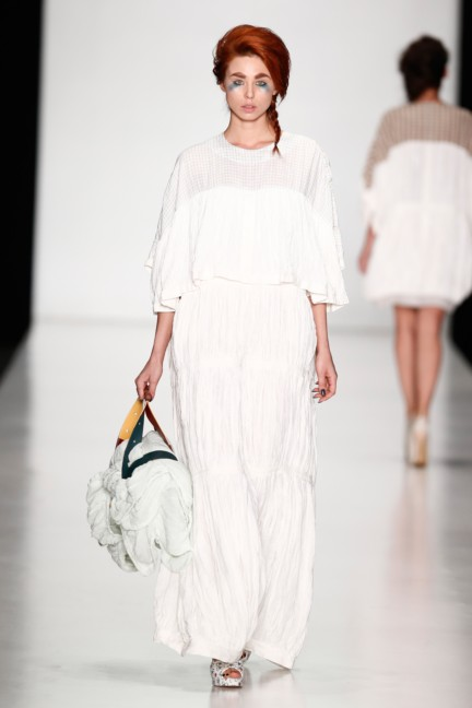ss-2014-mercedes-benz-fashion-week-russia-belarus-fashion-week-43