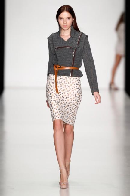 ss-2014-mercedes-benz-fashion-week-russia-belarus-fashion-week-47