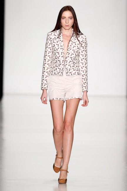 ss-2014-mercedes-benz-fashion-week-russia-belarus-fashion-week-49