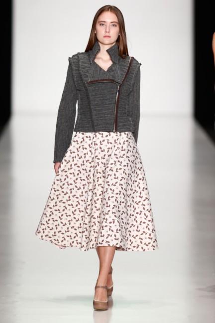 ss-2014-mercedes-benz-fashion-week-russia-belarus-fashion-week-52
