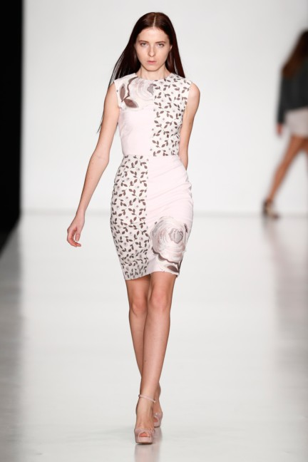 ss-2014-mercedes-benz-fashion-week-russia-belarus-fashion-week-53