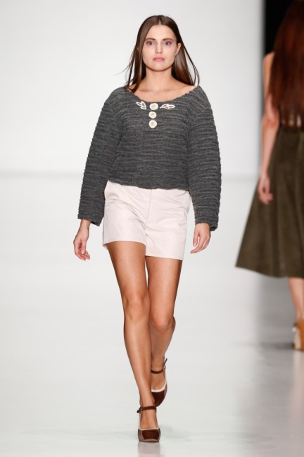 ss-2014-mercedes-benz-fashion-week-russia-belarus-fashion-week-54