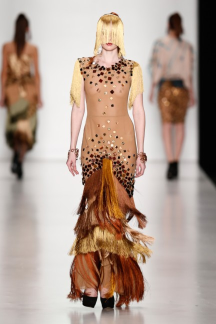 ss-2014-mercedes-benz-fashion-week-russia-belarus-fashion-week-63