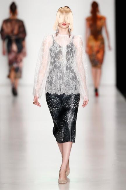 ss-2014-mercedes-benz-fashion-week-russia-belarus-fashion-week-74
