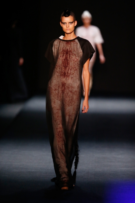 ss-2014_mercedes-benz-fashion-week-russia_ru_the-muscovites-by-masha-kravtsova_44614
