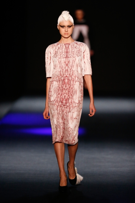 ss-2014_mercedes-benz-fashion-week-russia_ru_the-muscovites-by-masha-kravtsova_44615