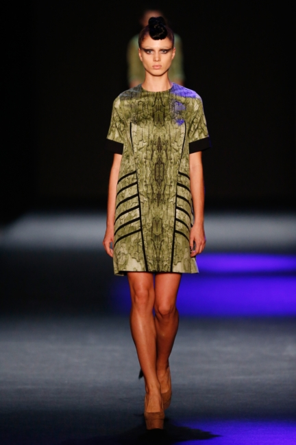 ss-2014_mercedes-benz-fashion-week-russia_ru_the-muscovites-by-masha-kravtsova_44618