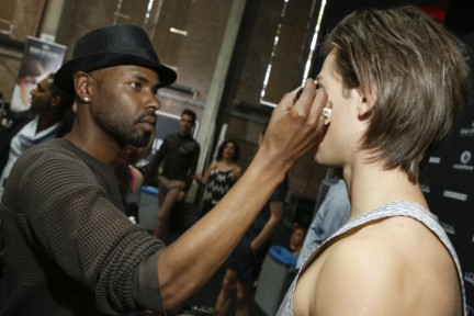 mevan-kaluarachchi-mercedes-benz-fashion-week-amsterdam-spring-summer-2015-backstage-20