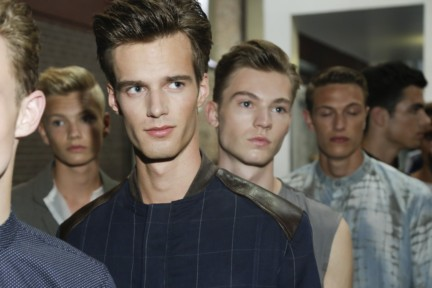 mevan-kaluarachchi-mercedes-benz-fashion-week-amsterdam-spring-summer-2015-backstage-37