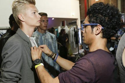 mevan-kaluarachchi-mercedes-benz-fashion-week-amsterdam-spring-summer-2015-backstage-41