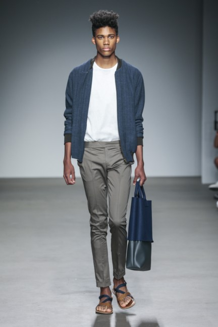 mevan-kaluaruchchi-mercedes-benz-fashion-week-amsterdam-spring-summer-2015-runway-10