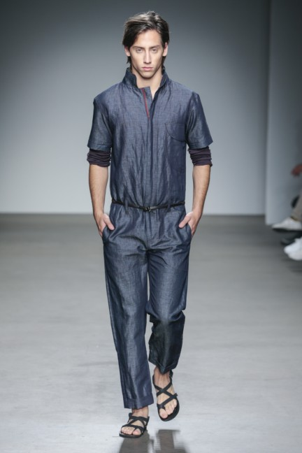 mevan-kaluaruchchi-mercedes-benz-fashion-week-amsterdam-spring-summer-2015-runway-11