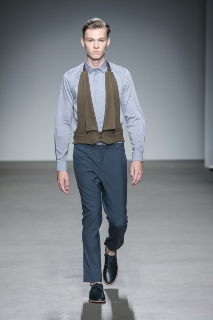 mevan-kaluaruchchi-mercedes-benz-fashion-week-amsterdam-spring-summer-2015-runway-14