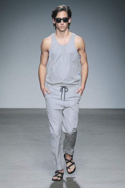 mevan-kaluaruchchi-mercedes-benz-fashion-week-amsterdam-spring-summer-2015-runway-2
