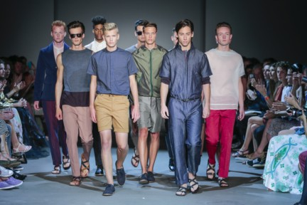 mevan-kaluaruchchi-mercedes-benz-fashion-week-amsterdam-spring-summer-2015-runway-21