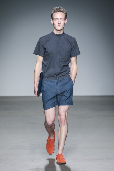 mevan-kaluaruchchi-mercedes-benz-fashion-week-amsterdam-spring-summer-2015-runway-3