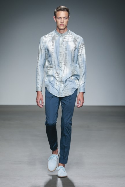 mevan-kaluaruchchi-mercedes-benz-fashion-week-amsterdam-spring-summer-2015-runway-7