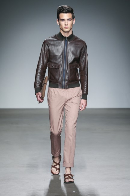 mevan-kaluaruchchi-mercedes-benz-fashion-week-amsterdam-spring-summer-2015-runway-8