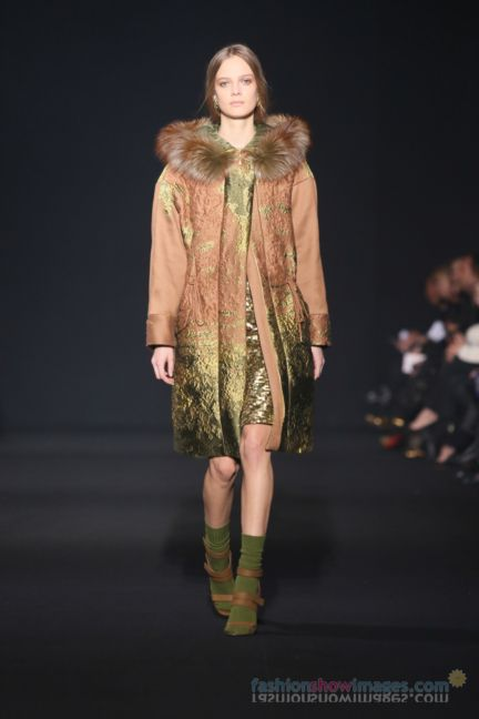 alberta-ferretti-milan-fashion-week-autumn-winter-2014-00006