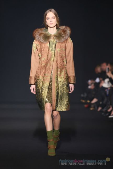 alberta-ferretti-milan-fashion-week-autumn-winter-2014-00007