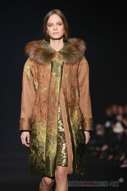 alberta-ferretti-milan-fashion-week-autumn-winter-2014-00008