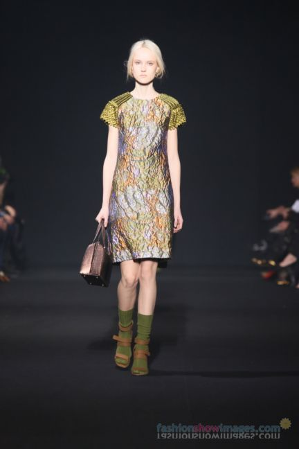alberta-ferretti-milan-fashion-week-autumn-winter-2014-00014
