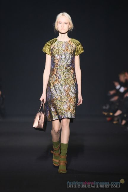 alberta-ferretti-milan-fashion-week-autumn-winter-2014-00015